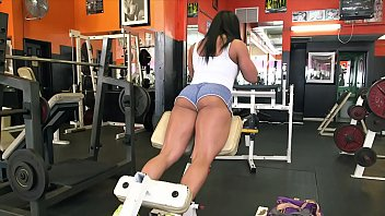 BANGBROS Latin MILF Body Builder Becca Diamond Gets Her Strong Ass Pounded In The Gym