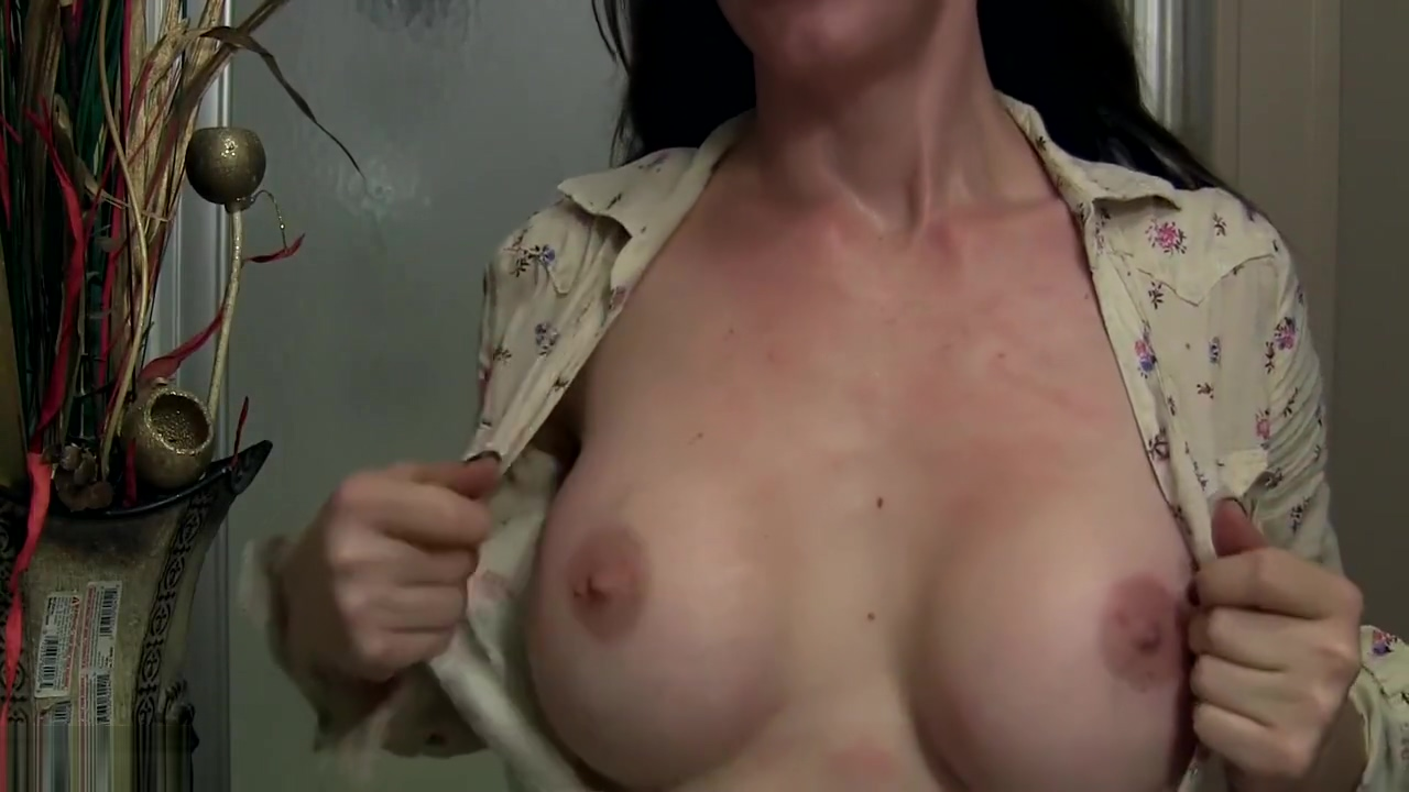 Best Friend's Horny Hot Mom Violates Your Cock
